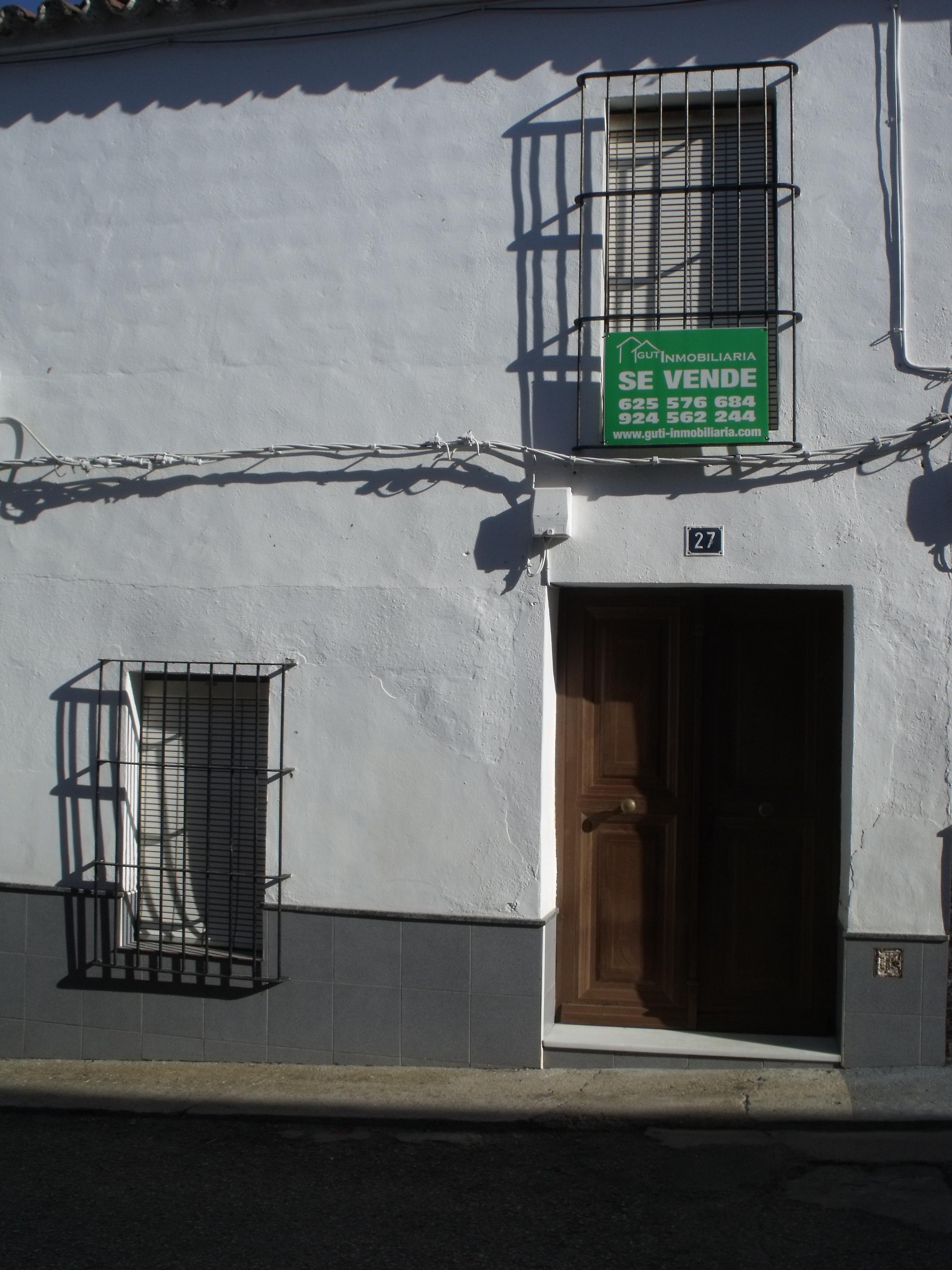 Guti inmobiliaria agencia inmobiliaria en el sur de badajoz for Agencia inmobiliaria